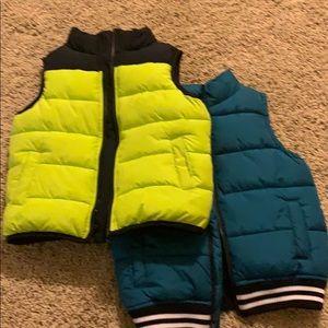 Bundle of two Gymboree Puffer vests